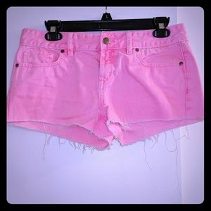 PINK sz 4 frayed hot pink shorts